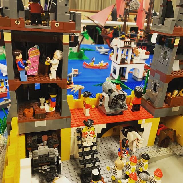 LEGO Hidden Worlds