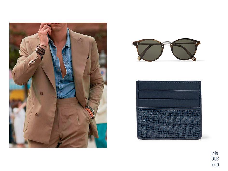 Traje para hombre con camisa azul, gafas de sol y cartera de cuero