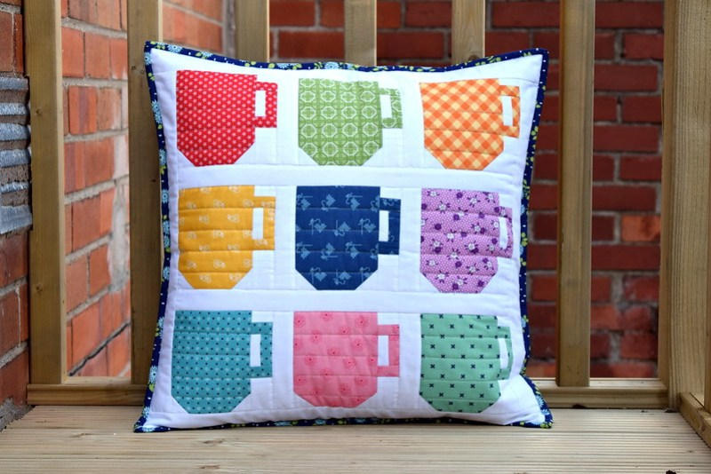 Mugs Cushion