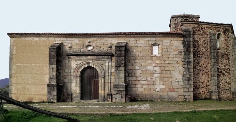 portada exterior Iglesia de la Asunción de Granadilla Cáceres 02