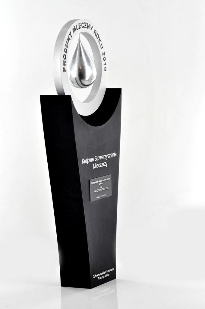 aluminiowa statuetka okolicznościowa