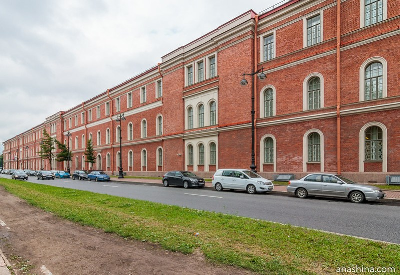 Крюковские (Морские) казармы, Санкт-Петербург