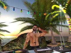 DJ Aryan at the Love Boat Byron Club