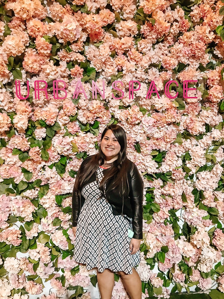 Urban Space Flower Wall | Cafes in Seoul