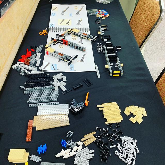 LEGO UCS Millennium Falcon Build557