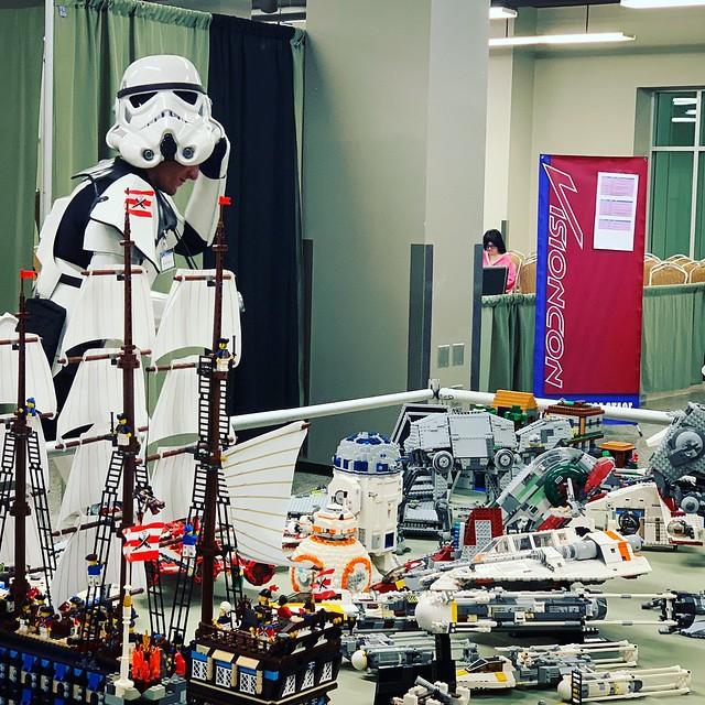 Stormtrooper Visiting SGFLUG LEGO display for Visioncon2019