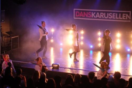 Through the Borders – Danskarusellens distriktfinal 2019