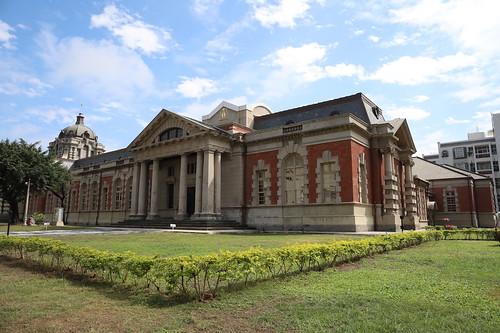 台南「司法博物館」/原 臺南地方法院:穿上法袍,模擬法庭