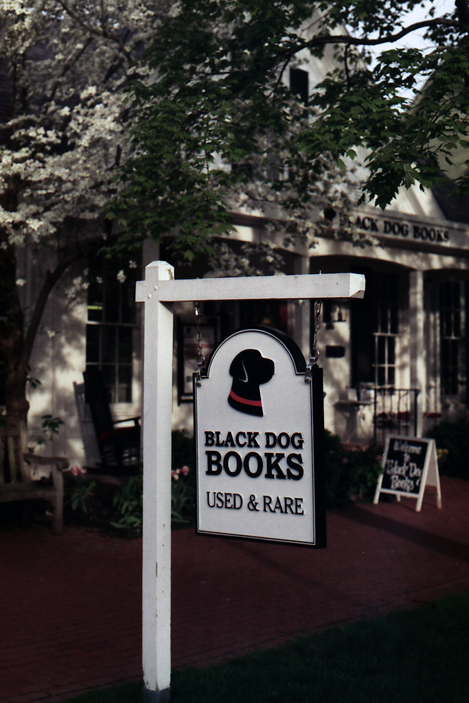 Black Dog Books