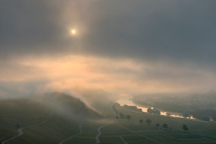 *Mystical morning mood on the Moselle*