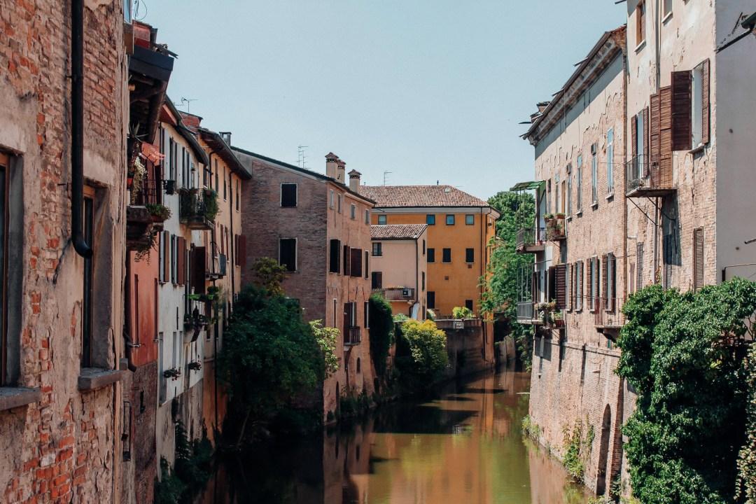 Mantova, veduta canale