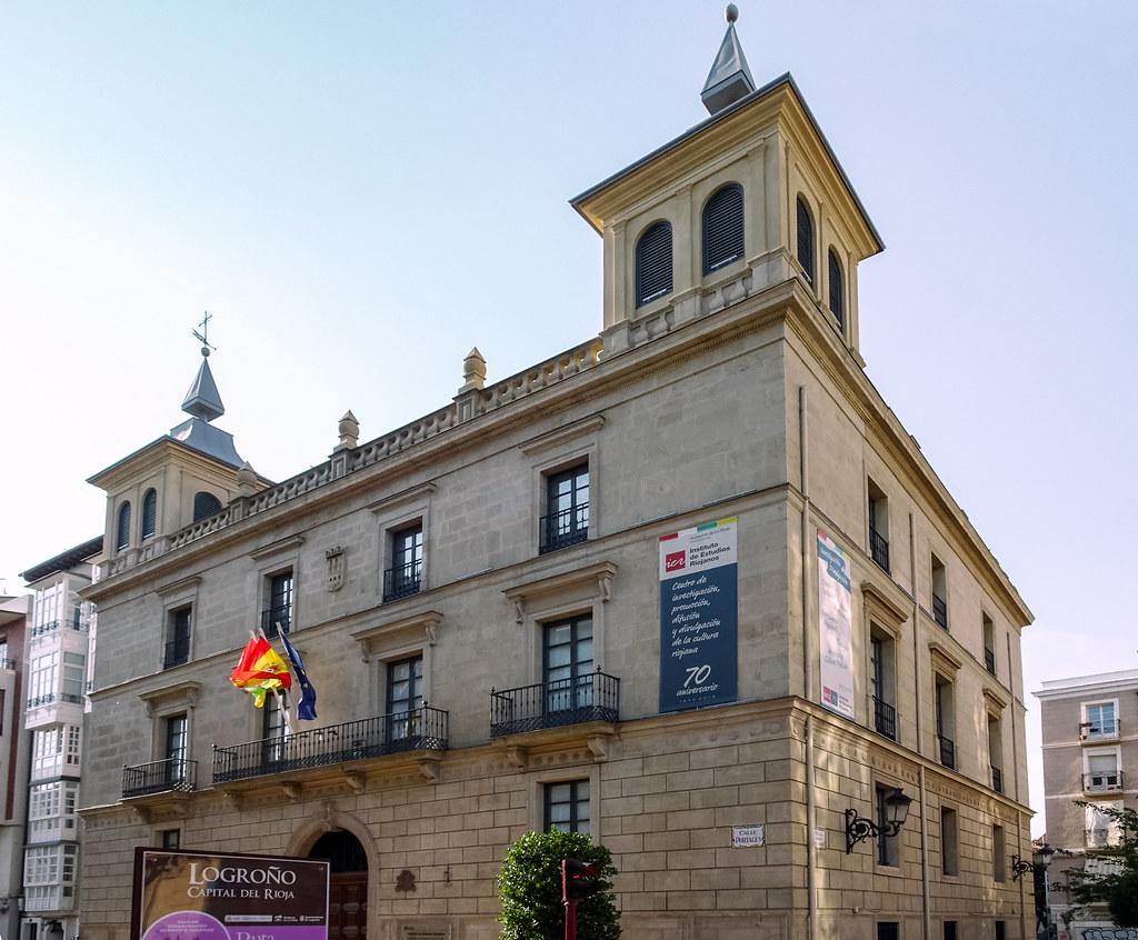 edificio Casa de los Chapiteles Instituto de Estudios Riojanos Logroño La Rioja