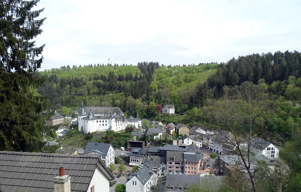 vista exterior Castillo de Clervaux Luxemburgo 01