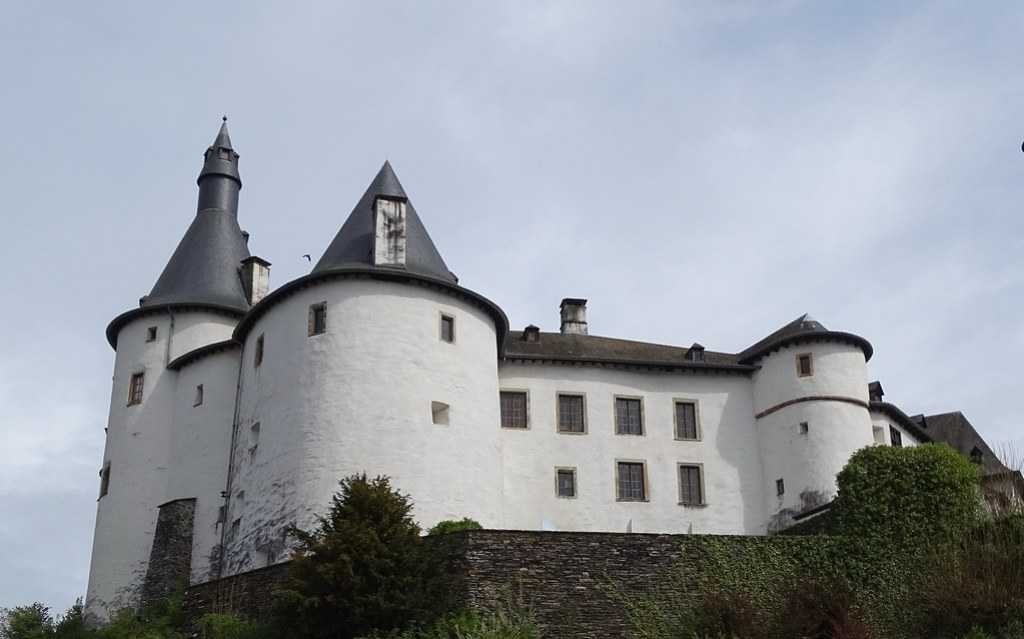 exterior Castillo de Clervaux Luxemburgo 05