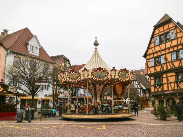 Tiovivo para niños en Obernai