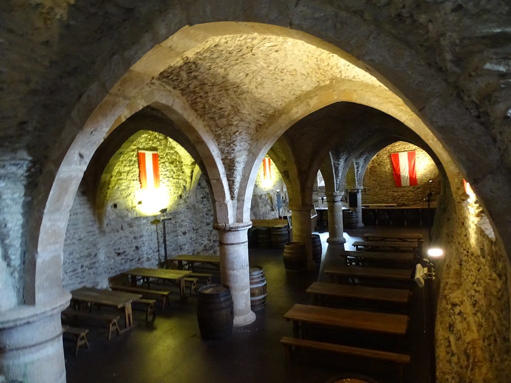 bodega interior Castillo de Vianden Luxemburgo 01
