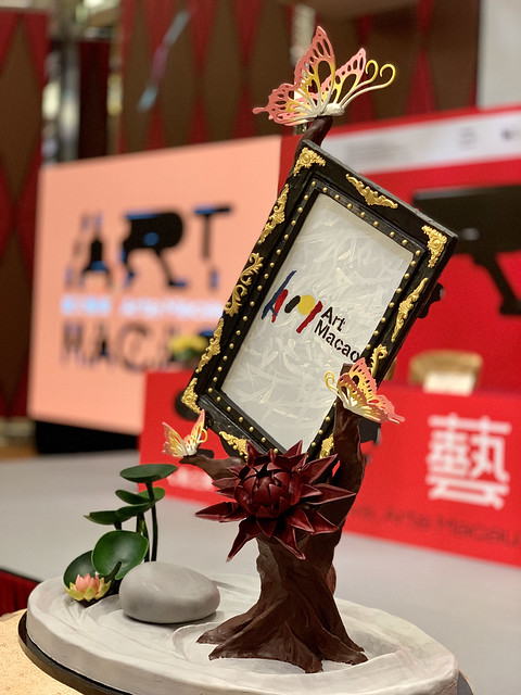 圖片_新葡京酒店於「藝文薈澳」新聞發佈會上展示「心動之美」朱古力雕塑藝術品 Photo_Grand Lisboa Presents Masterful Culinary Works of Art in Honour of Art Macao