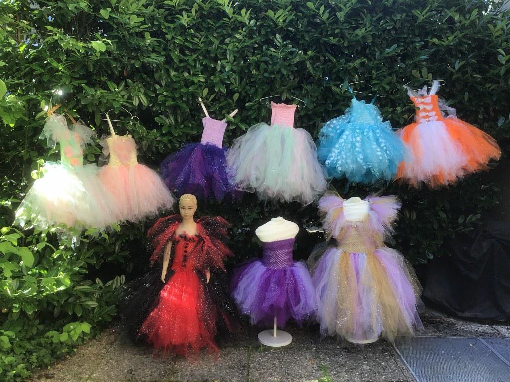 Une deuxième série de moyennes-grndes robes