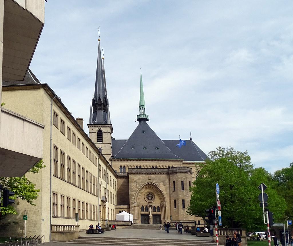 portada exterior Catedral de Nuestra Señora de Luxemburgo 03