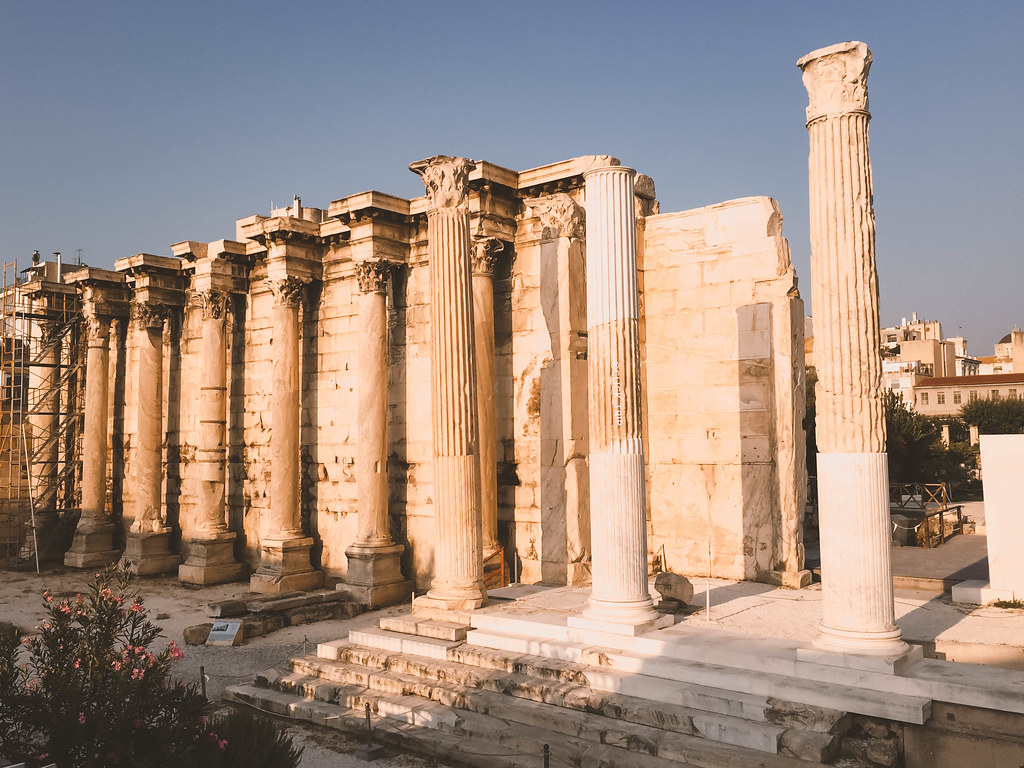 · Biblioteca de Adriano · Qué ver en Atenas ·