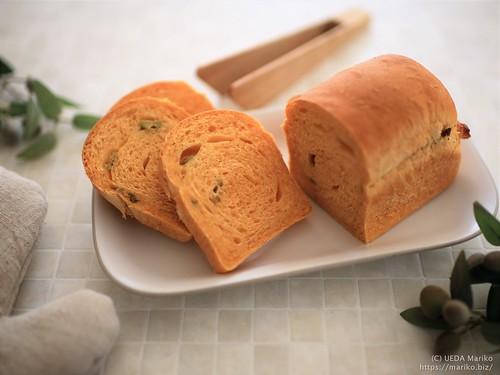 ローズマリー酵母のオリーブ野菜パン 20190621-IMG_1224 (2)