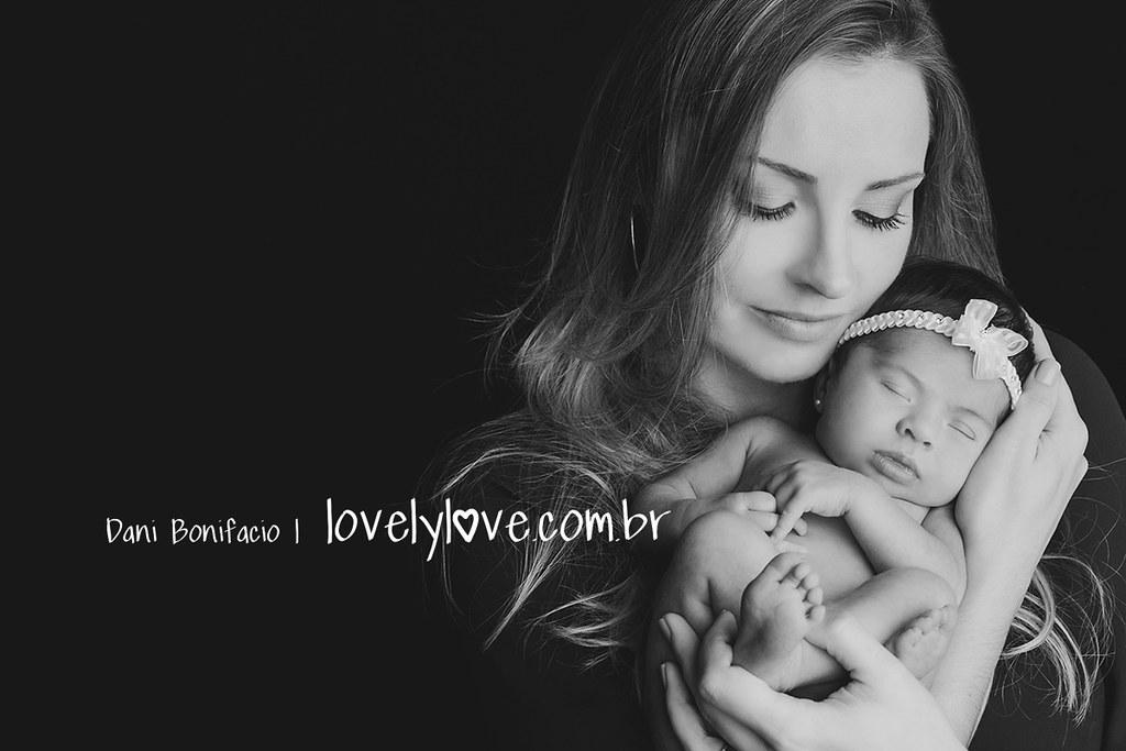 danibonifacio-lovelylove-newborn-ensaio-fotografa-acompanhamento-book-recemnnascido-infantil5