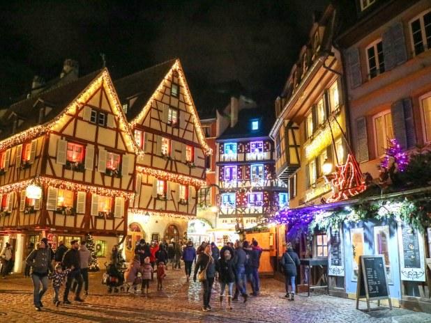 Calles decoradas de Navidad en Colmar