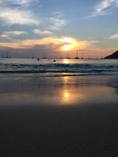 T1b. Nai Harn Beach