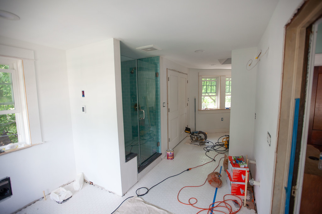 Bathroom Progress: Closet installed, electrical finished