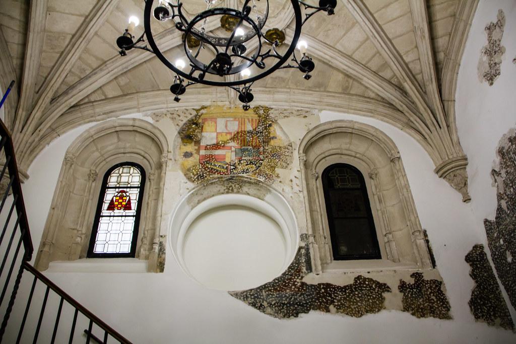 escalera interior entrada al Monasterio San Juan de los Reyes Toledo