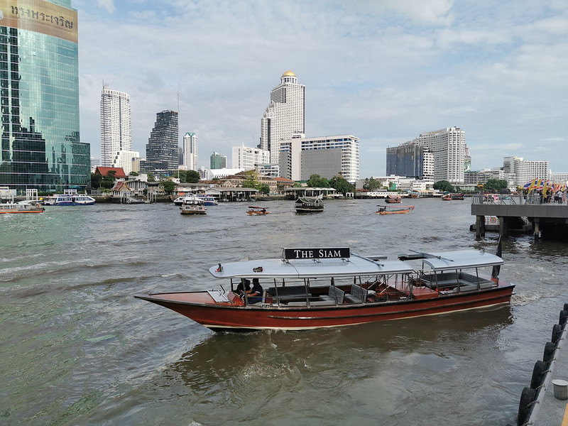 the siam - private boat