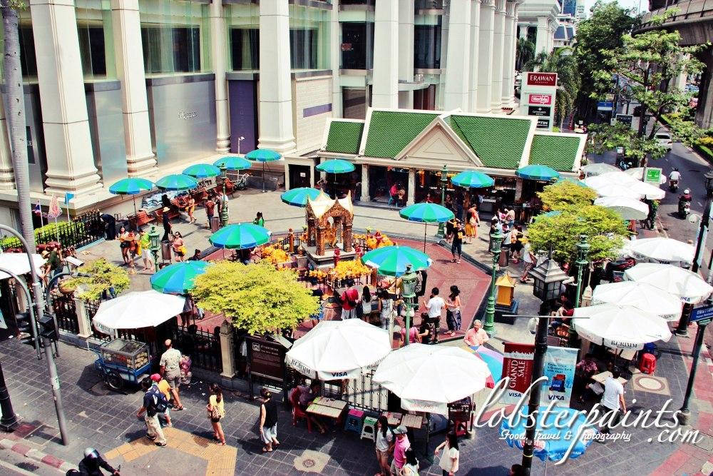 5thao-maha-brahma-erawan-shrine--bangkok-thailand_26379035922_o