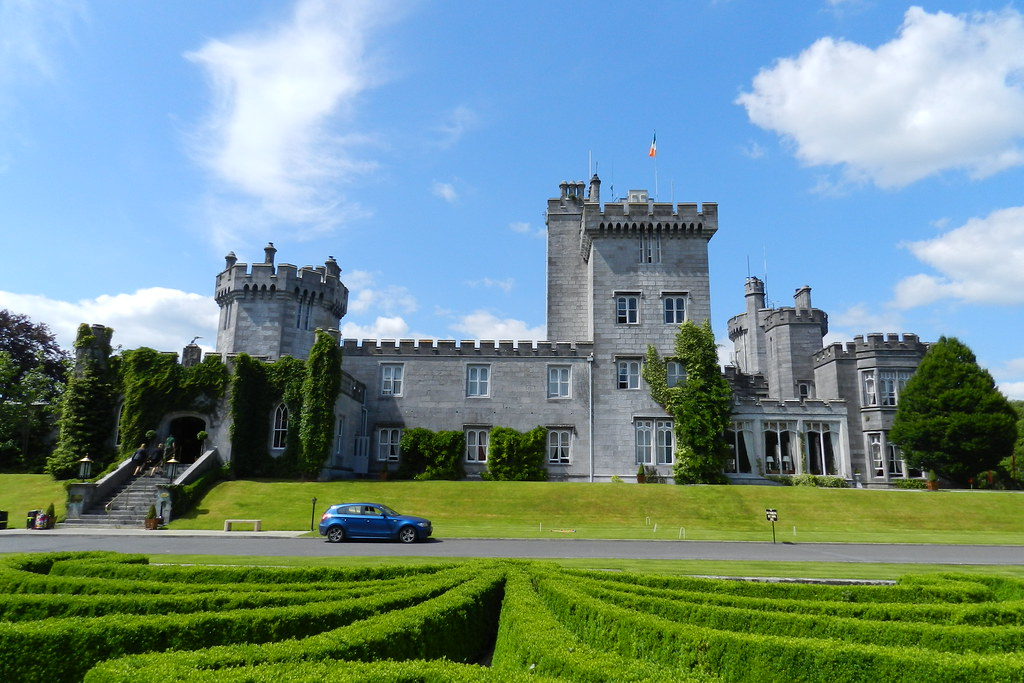 exterior Castillo de Dromoland condado de Clare Republica de Irlanda 01