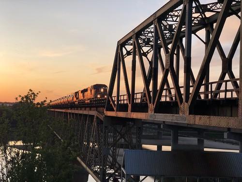 Saskatoon - Train on the bridge