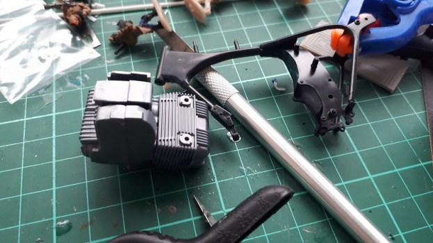 Frame and engine basic constrruction