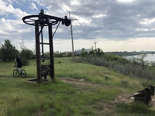Saskatoon - Abandoned Ski Lift at the river