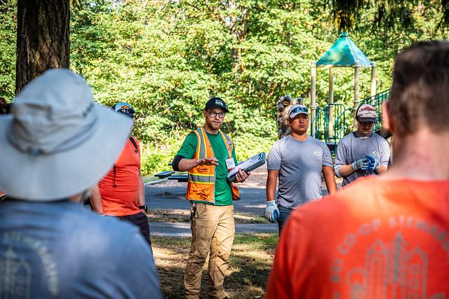 Lake Geneva: REI volunteer work