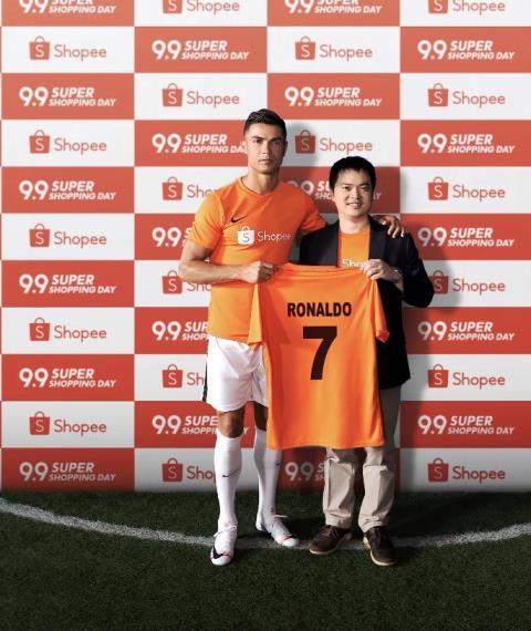 Cristian Ronaldo with Chris Feng Shopee