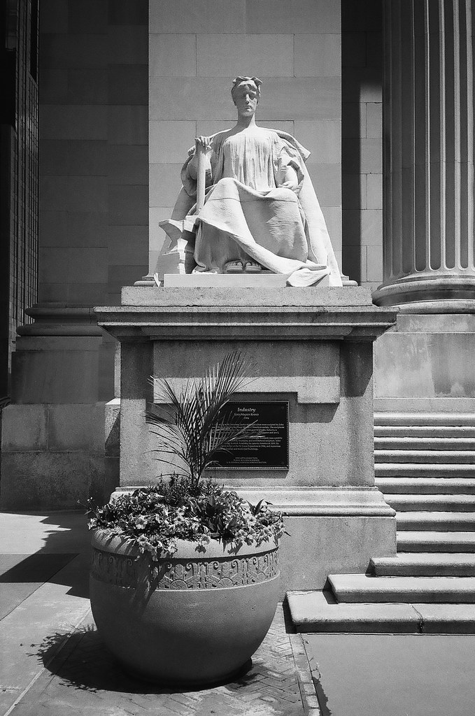 Statue at Courthouse, 4