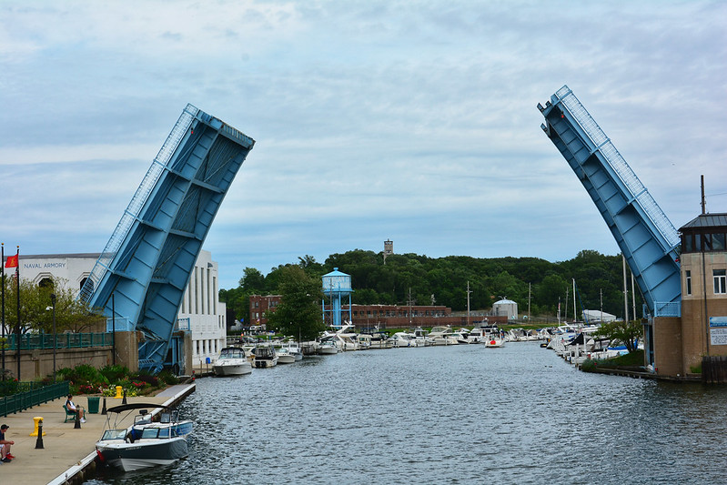 Active Michigan City bridge