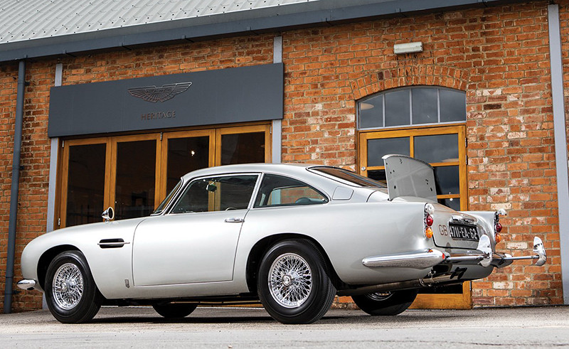 24de7680-1965-aston-martin-db5-bond-car-02
