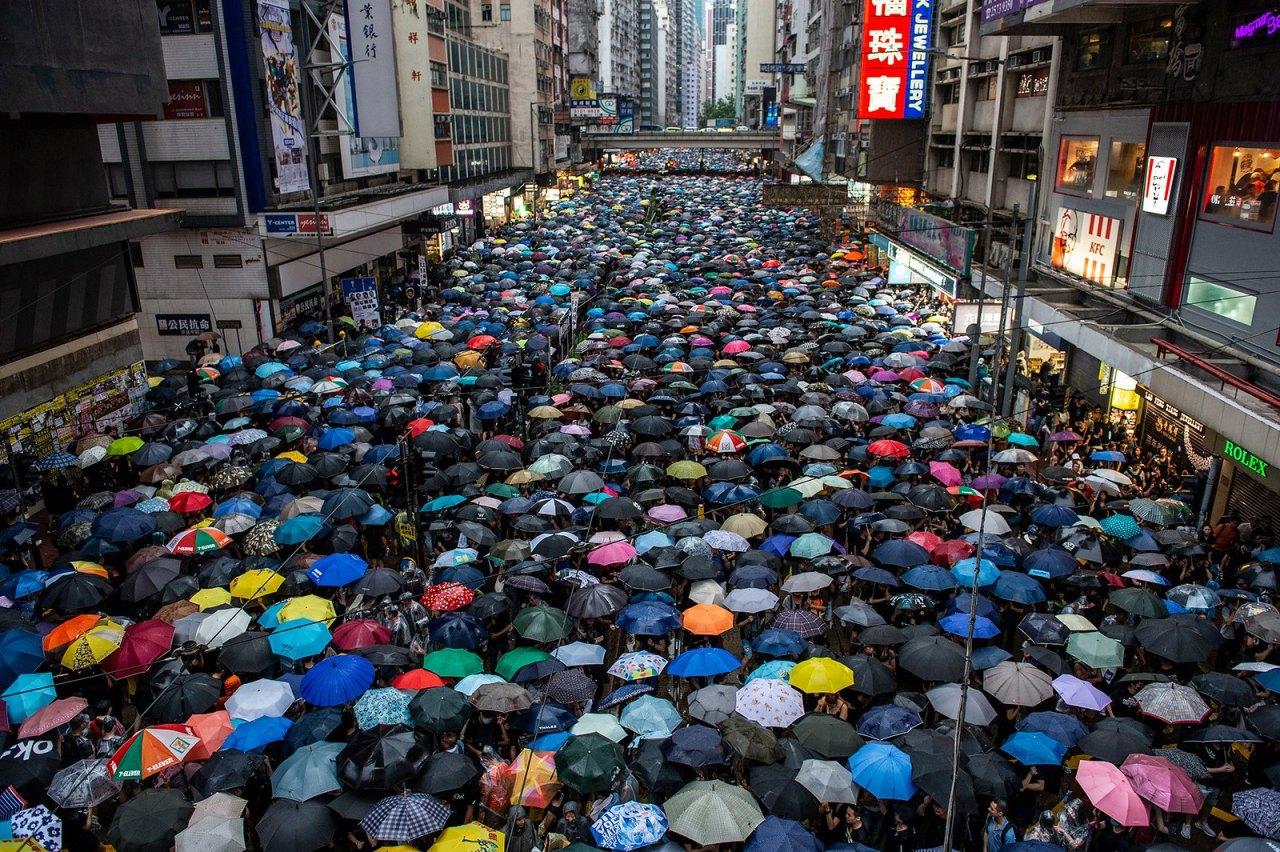 臉書、推特移除與中國政府有關反對香港示威行動的帳號
