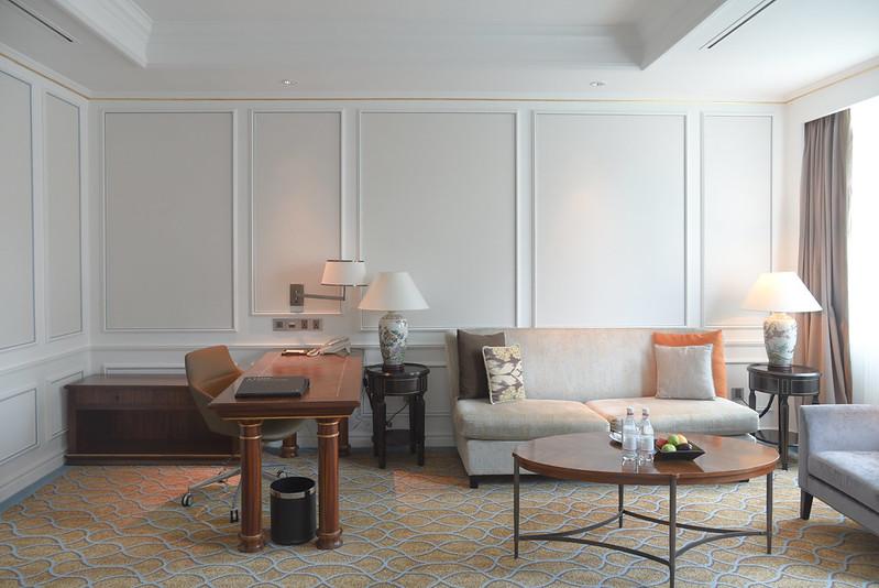 intercontinental singapore junior suite