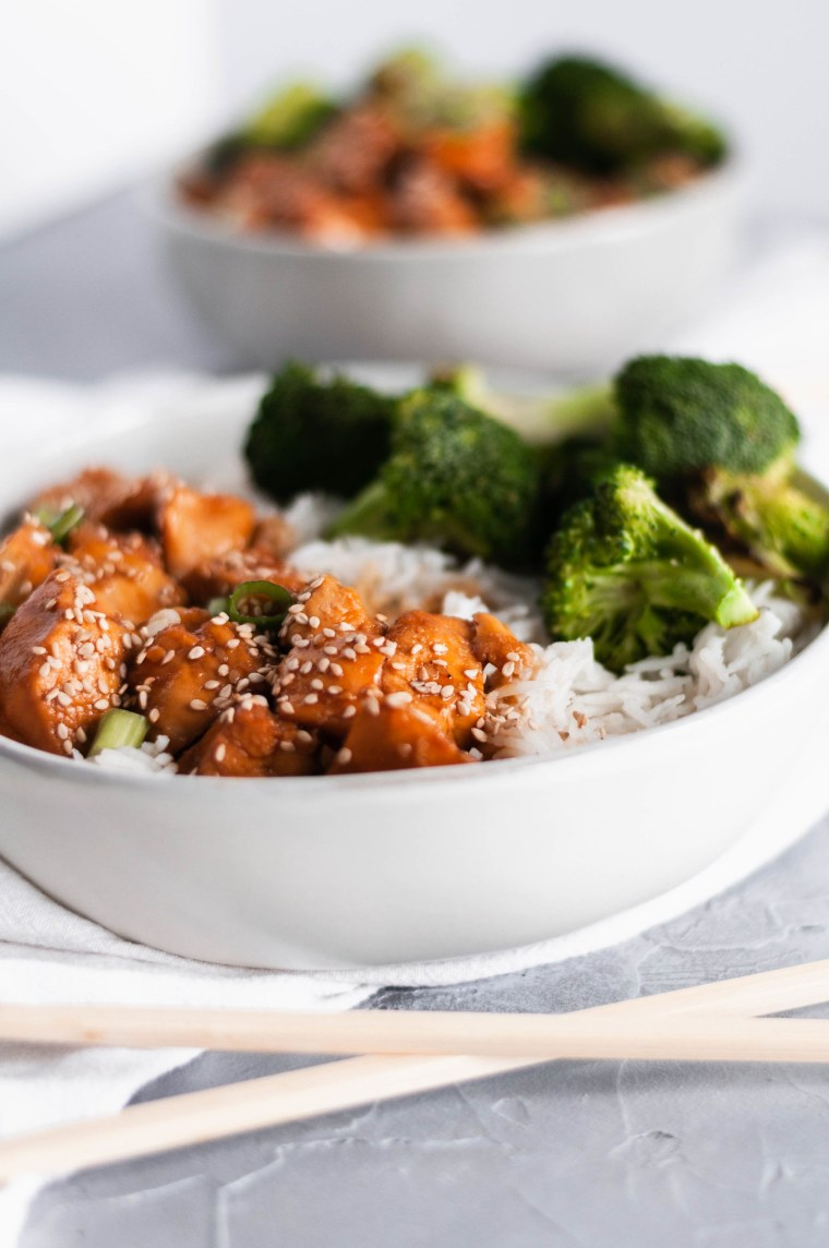 Make a quicker, healthier version of sesame chicken at home with this Instant Pot Sesame Chicken recipe. It literally takes minutes to prepare with easy to find ingredients.