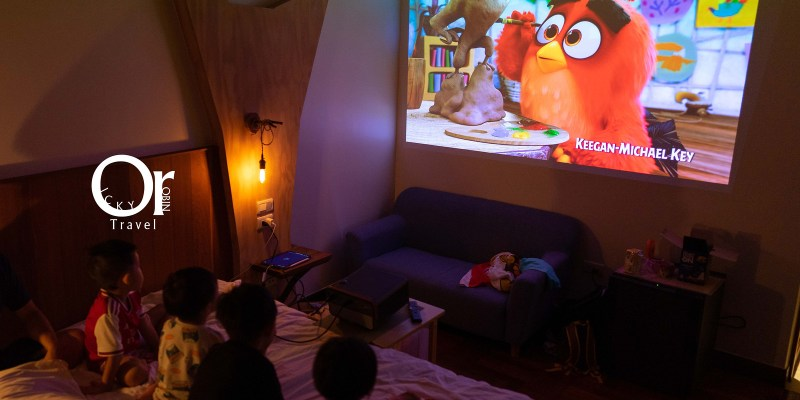 4K投影機開箱|ViewSonic X10-4K 家庭娛樂必備投影機,超高畫值、支援 Airplay,輕鬆取代家庭電視