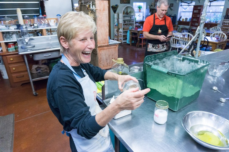 Bread Making, Soup Cooking, and Canning Class at the Glass Rooster Cannery in Delaware County Ohio, Aug. 26, 2019