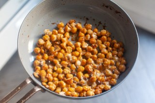 very fried chickpeas