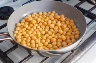 pan-crisped chickpeas