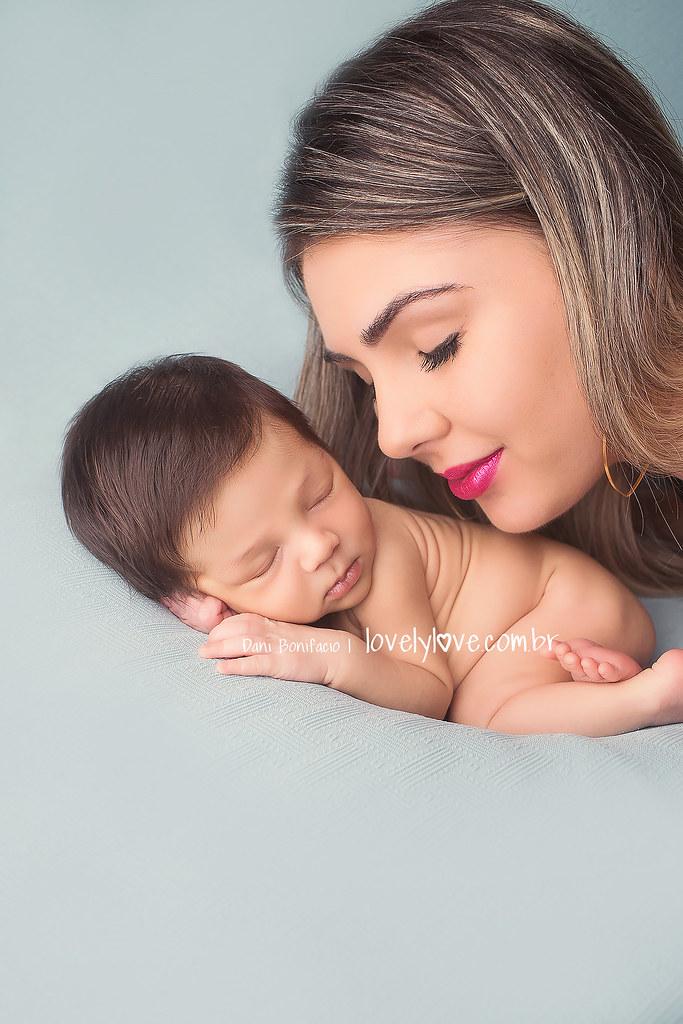 danibonifacio-lovelylove-newborn-ensaio-recemnascido-acompanhamentobebe-foto-fotografa-balneario-camboriu-itajai-itapema-bombinhas3