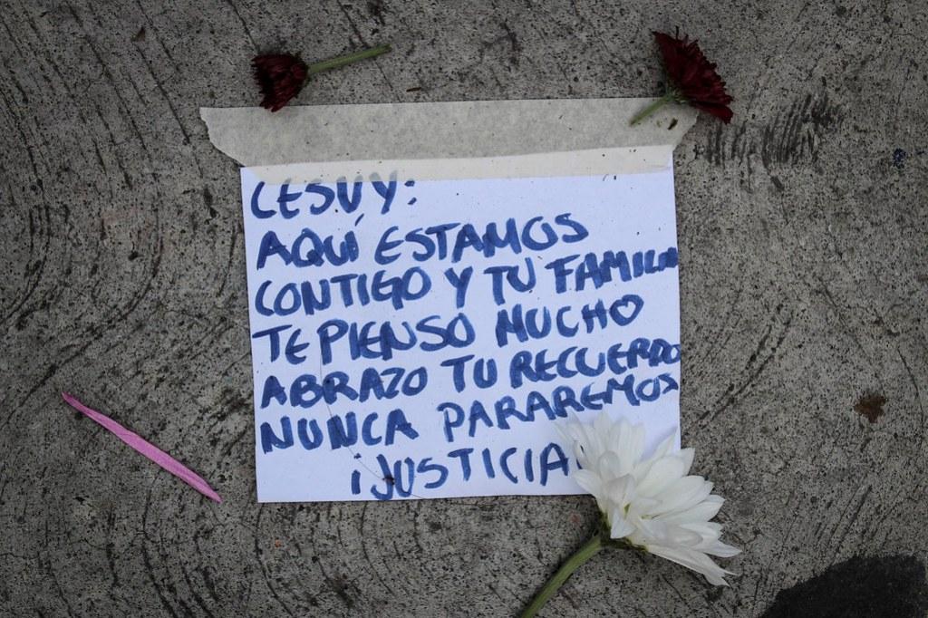 Dedicatorias a Lesvy Berlín, víctima de feminicidio en la UNAM